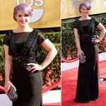 Kelly Osbourne Channels Old Hollywood with a Lilac Twist at SAG Awards